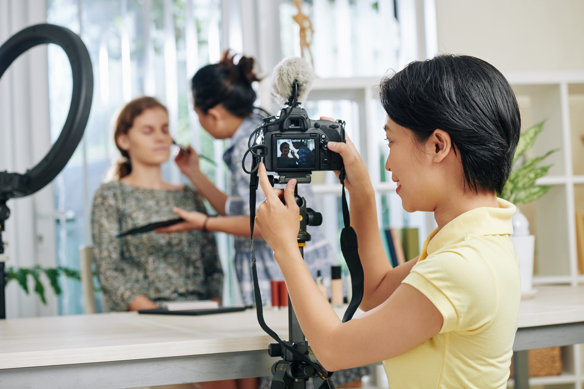 Make-up video shooting and make-up tutorial video production