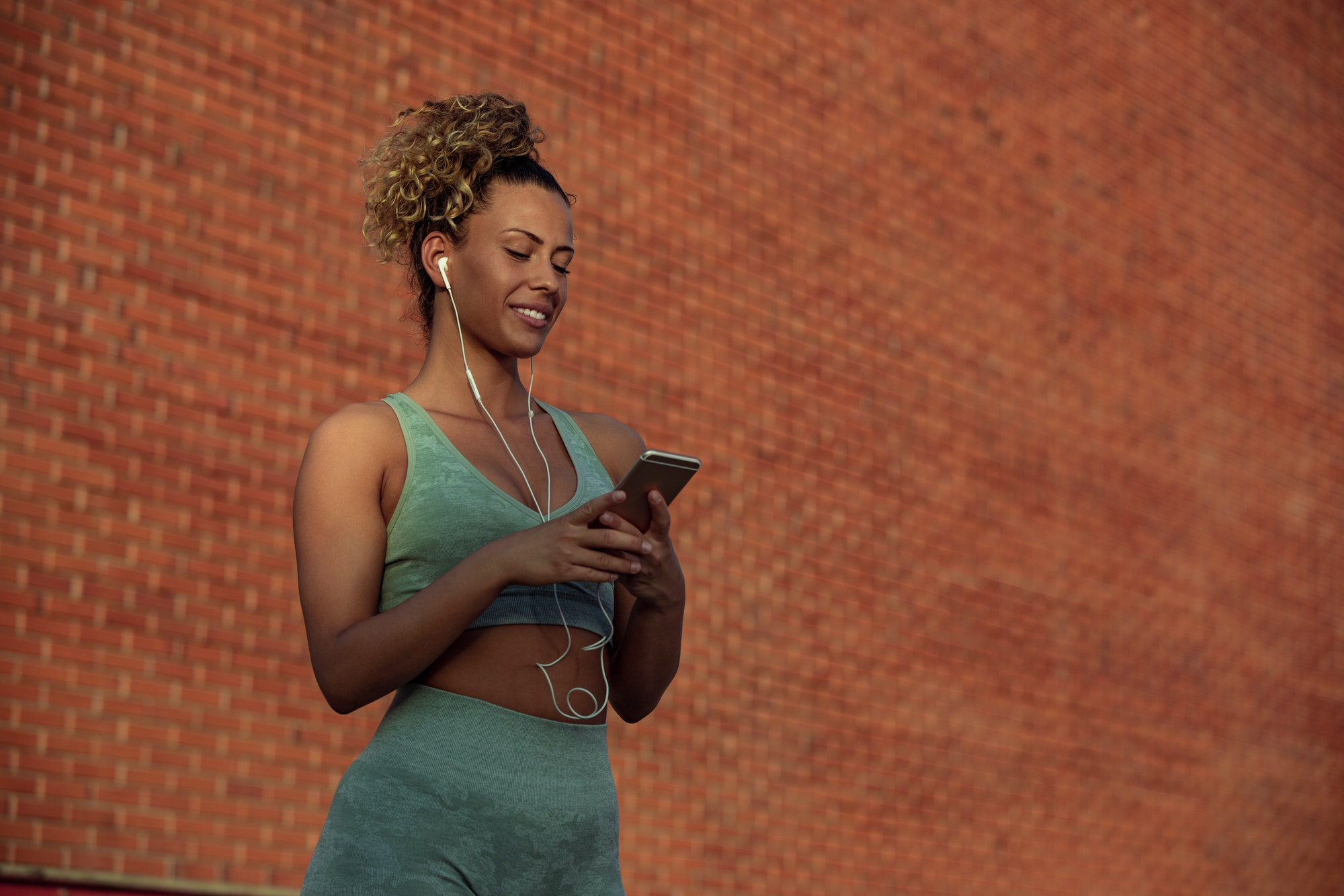 Reaching her fitness goals with the gift of mobile apps